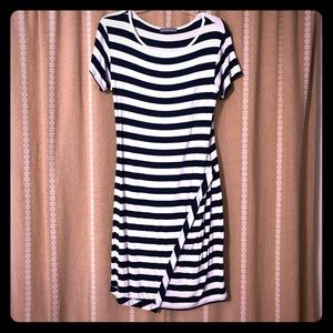 Navy and white stretchy dress size large